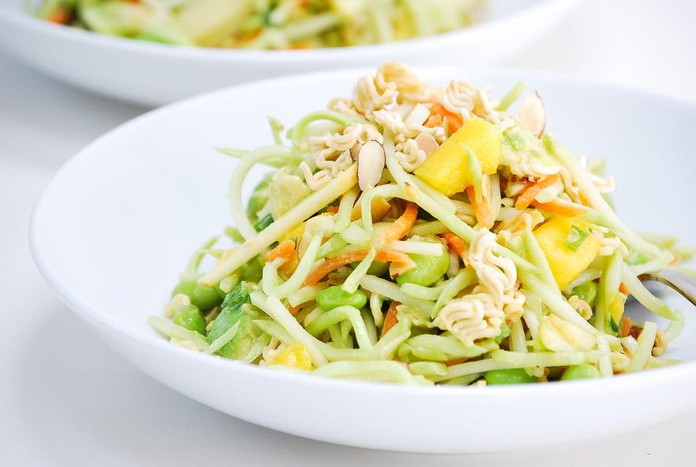 crunchybroccolislawsalad-10