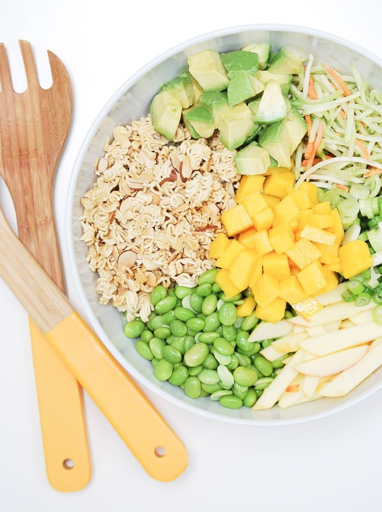 crunchybroccolislawsalad-5
