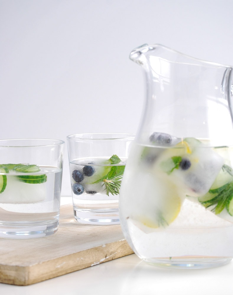 Fruit-herb-ice-cubes-3