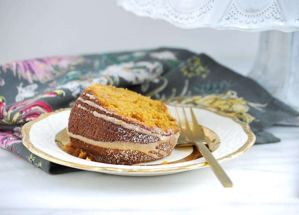 Pumpkin Cake with Cinnamon Vanilla Glaze-6