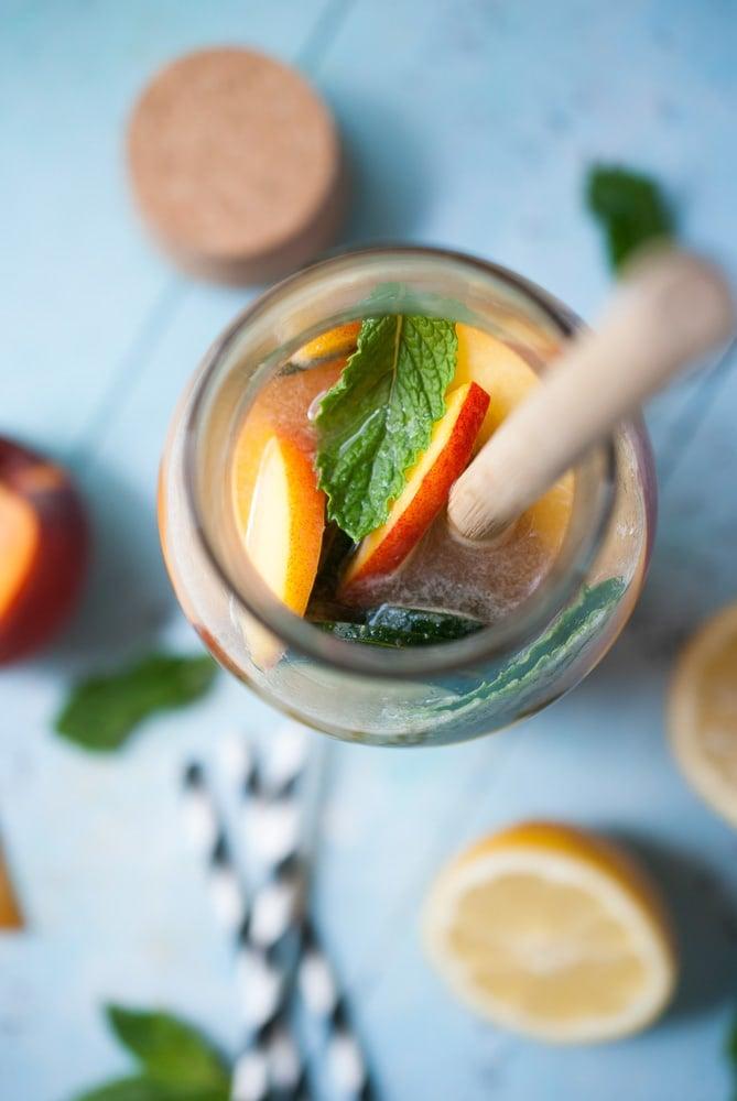 Sparkling Peach & Cucumber Lemonade_-4