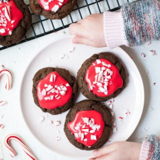 Chocolate Peppermint Cream Cookies