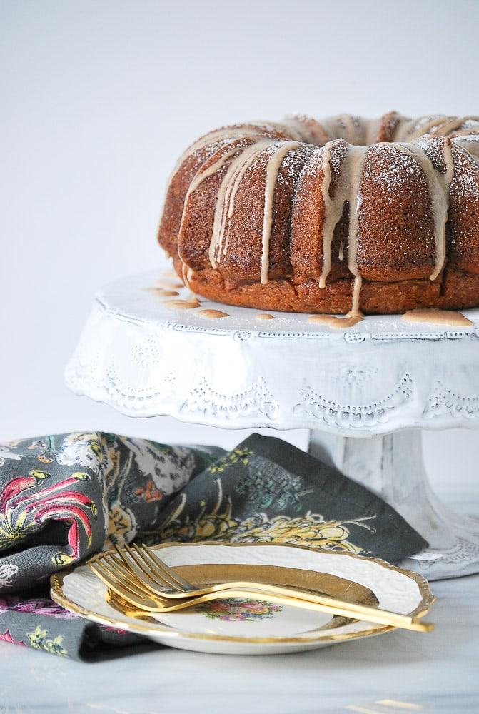 Pumpkin Cake w/ Vanilla Cinnamon Glaze