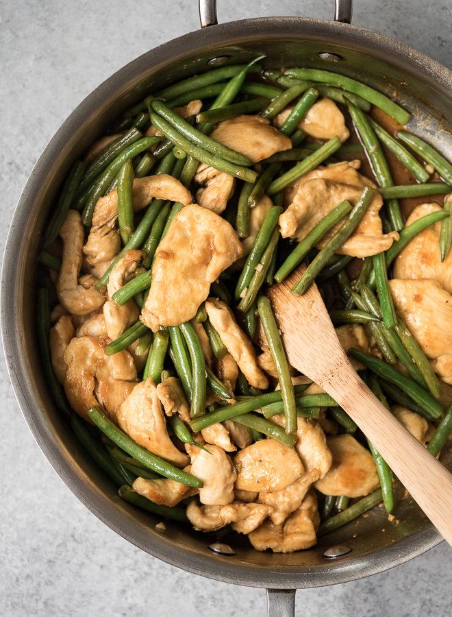 Skillet Chicken & Green Beans